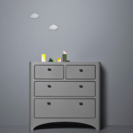 Grey room with two cloud decals on wall and a Leander 4 Drawer Dresser in grey