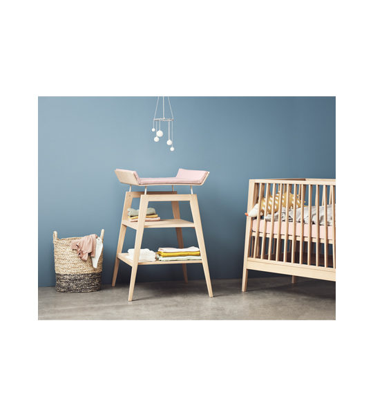 Blue bedroom with linea Crib and Changing Table with mat in pink