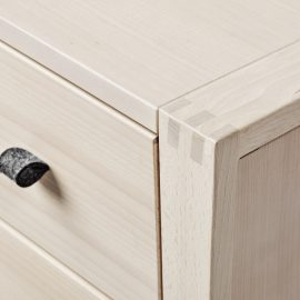 exposed finger joint detail - Linea furniture